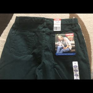 WRANGLER RELAXED FIT WOMENS JEANS SIZE 16 Short